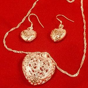 925 Sterling Silver Heart Pendant and earrings set